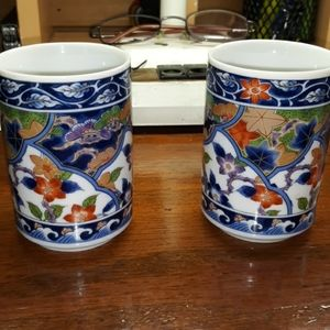 2 vintage china teacups so lovely